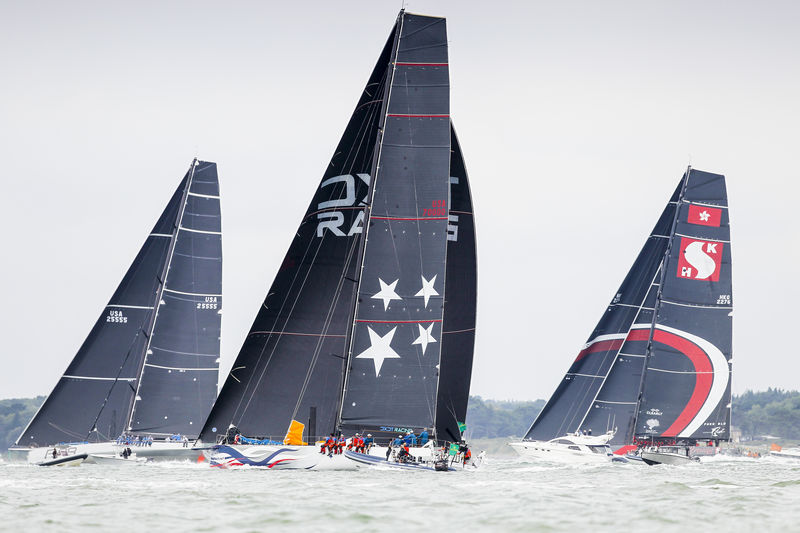 Wizard hit the start line alongside Rambler 88 and  100ft SHK Scallywag © Paul Wyeth/www.pwpictures.com