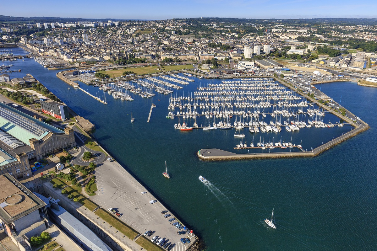 Cherbourg ready to welcome the world's largest offshore race fleet © J/ Houyvet
